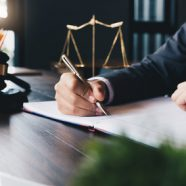 טיפים לבחירת עורך דין נוטריון